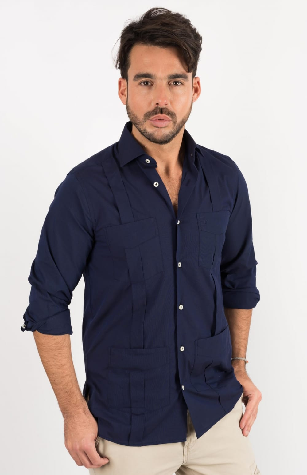 NAVY GUAYABERA ONE